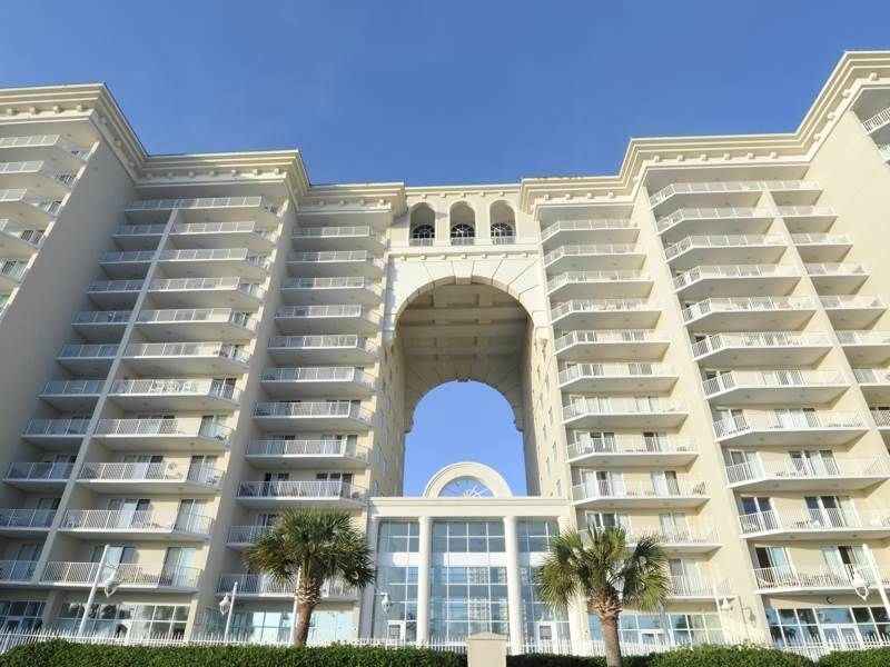 2 bedroom unit A1204, right next to shopping!