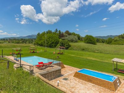 Photo for Relaxation and fun - An unforgettable holiday stay near Arezzo - Tuscany