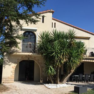 Photo for Large villa (access PMR) between Nimes and Montpellier (10 min Grande Motte)