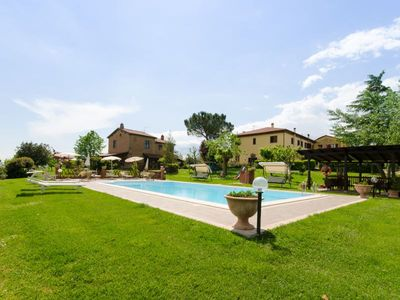 Photo for Apartment in farm  with pool and garden to eat outside, free wi-fi. 15 km from  Cortona (Arezzo)