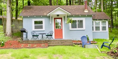Photo for OPEN SUMMER WEEKS!GREAT VALUE,500FT FROM ARBUTUS LAKE 9 MILES T0 DWTN TC!