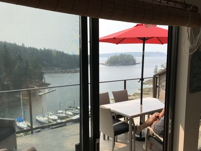Photo for Relaxing Oceanfront Townhouse with amazing views,  2 hours away from Vancouver