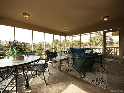 Large screened in front porch.