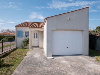 Photo for Vacation home Beaulieu in Saint Palais sur mer - 6 persons, 2 bedrooms