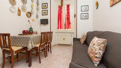 Photo for Colosseo 2198 apartment in Centro Storico with air conditioning.
