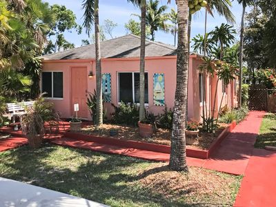 Photo for Bright Hollywood Home w/ Yard - 1 Mile to Beach!