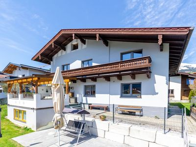 Photo for Spacious holiday home with 2 bathrooms near Zell am See and Kaprun