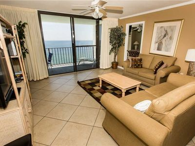 Photo for Incredible Updated Unit With Complimentary Beach Service