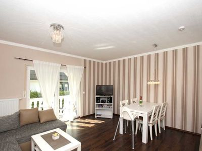 Photo for A 05: 40 m², 2-room, 4 pers., Balcony - F-1067 Haus Morgenstern in the Baltic resort of Göhren