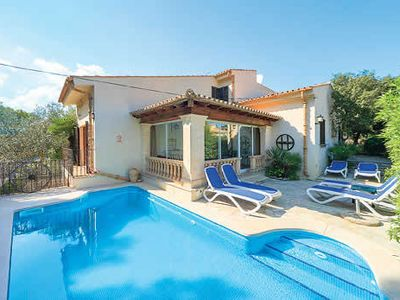Photo for Family villa close to amenities & beach w/ private pool and free Wi-Fi
