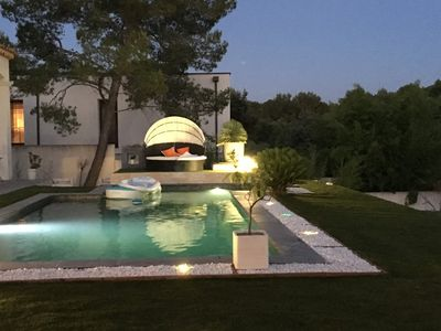 Photo for Beautiful contemporary house in Provencal style, swimming pool, sleeps 10, 200m