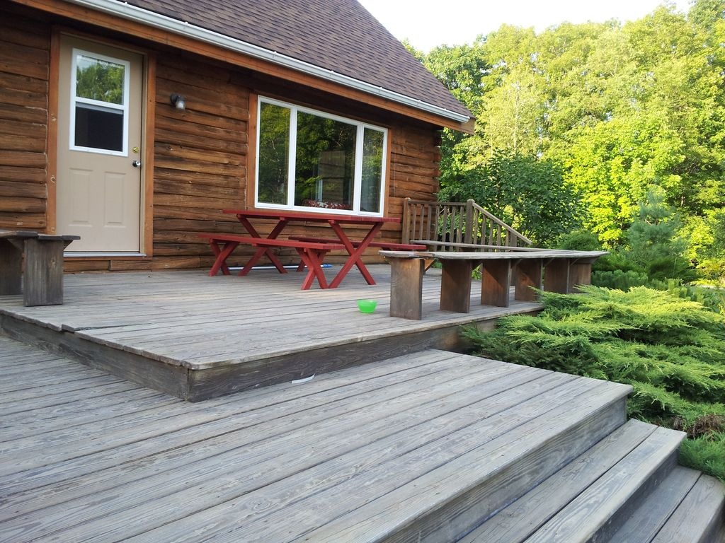 Cabin rental in scenic maine woods with hiking trails for Cabin rentals near hiking trails