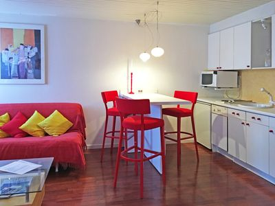 Photo for 5 min from ski slopes, 25sm studio with parking, sleeps 3 (2 beds)
