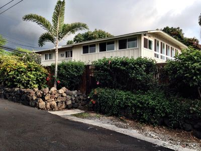 Photo for Tropical Living, Hawaiian-Style Home.  1 Mile from Kona Town.
