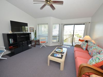 Photo for THIS GREAT POOL SIDE TOWNHOUSE has been recently updated with new painting and carpet