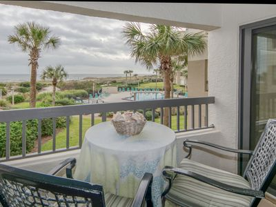 Photo for Beautiful 1 Bedroom Ocean Front Condo
