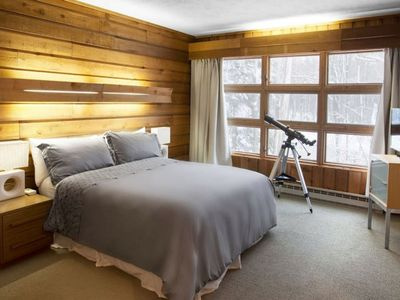 Photo for STRATTON MODERN RUSTIC RETREAT SMART HOME, HOT TUB, DISCOUNTED LIFT TICKETS
