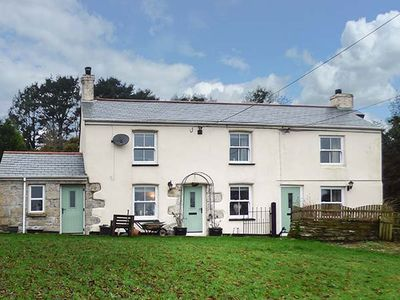 Photo for LONGVIEW COTTAGE, pet friendly in Penwithick, Ref 946405