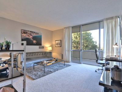 Photo for Designer Urban Flat 1BR - DT Palo Alto by Stanford