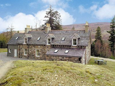 Photo for 4BR Cottage Vacation Rental in Ballater, Aberdeenshire