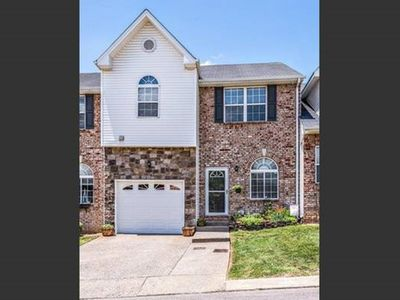 Photo for Beautiful Townhome 5 Min To Downtown Nashville