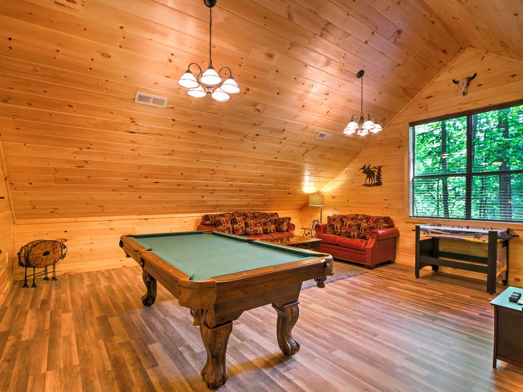 Baita per 8 persone nel gatlinburg 4590918 for Cabina di brezza autunnale gatlinburg