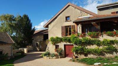 Photo for Charming character house in the village of Péronne 15 km from Cluny