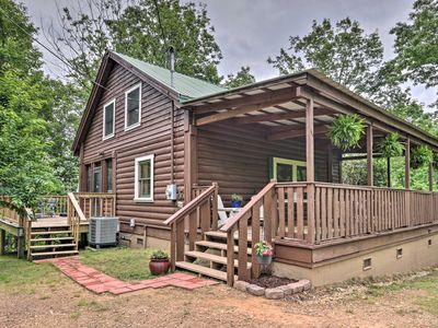 Photo for Awesome secluded 2 bedroom/ 2bath cabin, Pigeon forge location w/ mtn. sunsets
