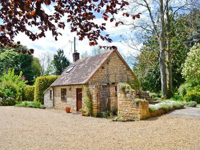 Photo for 1BR Cottage Vacation Rental in Evesham, Worcestershire