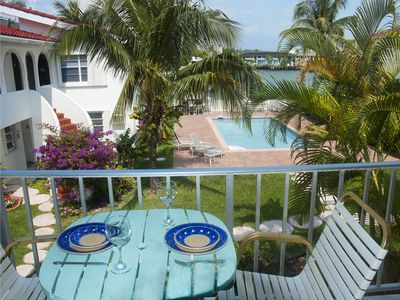Photo for Lovely 1-bed waterfront apartment very close to shops beaches and all amenities