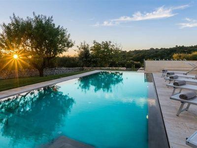 Photo for Stunning 5 bedroom trullo with pool in Puglia