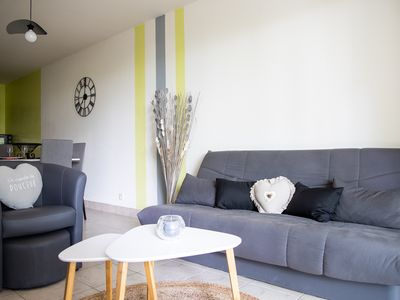 Photo for LE CHENE D'ARCAL, lovely 3 bedrooms apartment on the garden level in Vannes