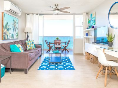Photo for Beachfront ★ Washer/D ★ King bed ★ Walk to eat