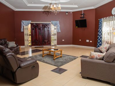 Comfy, Cozy Villa Nr 5 Beaches & Seaside-Family & Business GetAway; Stay 4 Cheap