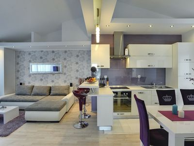 Photo for Modern apartment in Pula with climate, Wi-Fi and parking