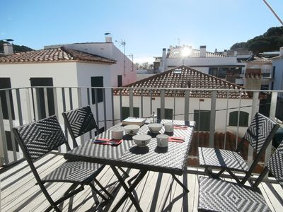 Photo for Holiday apartment Llafranc for 4 - 5 persons with 2 bedrooms - Holiday apartment