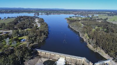 Photo for Nagambie/Goulburn Weir River Cottage