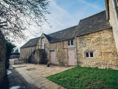 Photo for 8BR Barn Vacation Rental in Cirencester, England
