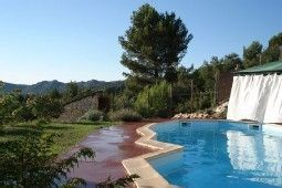 Photo for Aramon beautiful villa up to 23 people calm and natural pool