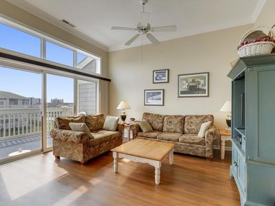Photo for N. OC Canalfront Condo - Wi-Fi, Pools, Tennis, Playground (Isl @ Hidden Harbour)