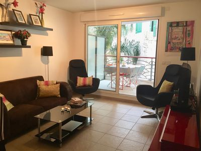 Photo for Elegant Condo in Central Nice on Quiet Street with central air.