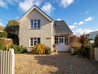 Photo for Nonsuch Cottage Bembridge - Fabulous Location Near Beach - A Favourite