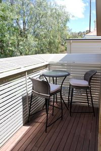 Balcony overlooking Bendigo-private, surrounded by trees