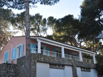 Photo for Charming renovated villa, in the heart of a pine forest and close to the sea