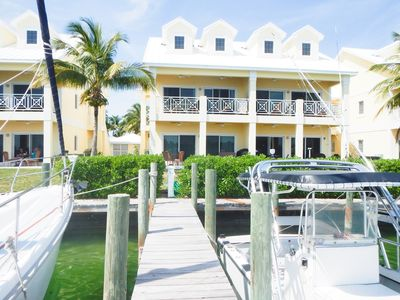 Perfect Location in Center of Treasure Cay!! Harbour Views!!