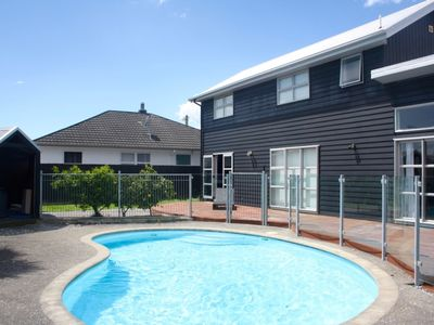 Photo for Beautiful Home in Central Stoke with Pool and Spa