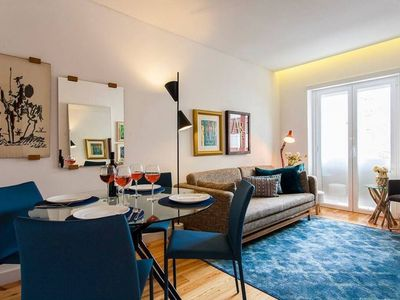 Photo for Monthly discount! 3-bed Apt w/ all amenities, in Campo de Ourique