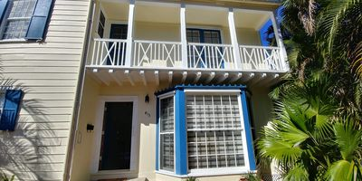 Photo for Fully Furnished Renovated Colonial House On Island of Palm Beach pool cable