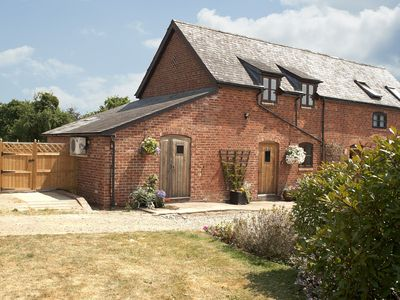 Photo for This charming cottage which sleeps two is in the tiny hamlet of Comberton and a haven for walkers or