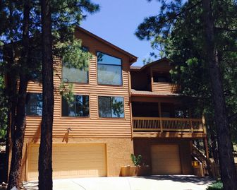FLAGSTAFF TREEHAUS: SpringHaven at Forest Edge - Continental Country Club
